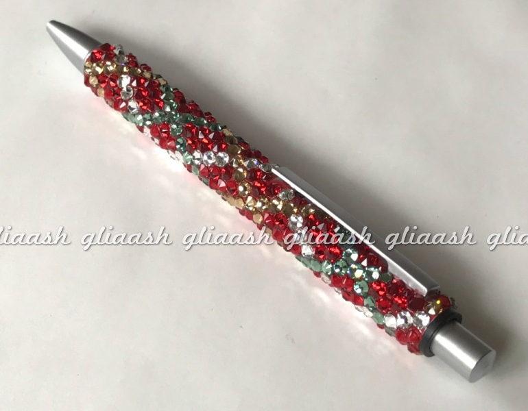 クリスマスカラーのチェック柄デコボールペン